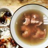 【清香牛肉湯】台南東區。在地人推薦溫體牛肉湯,齒頰留香、回味無窮❤