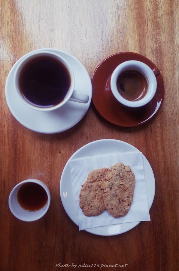 【六號水門】松山區。精品咖啡自家烘焙~超低調的手沖單品天堂❤(六號水門/塔悠路)