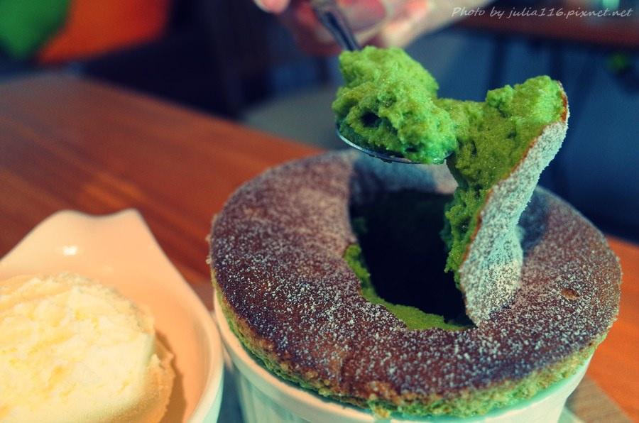 【Lazy Day Cafe】台南中西區。自家烘焙咖啡x手工甜點♥♥♥不吃不可超厲害舒芙蕾♥♥♥