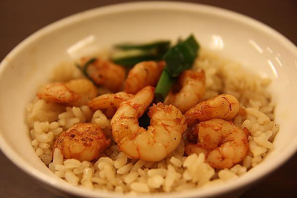 台南人氣小吃Part 3~矮仔成蝦仁飯。阿明豬心。進福炒鱔魚