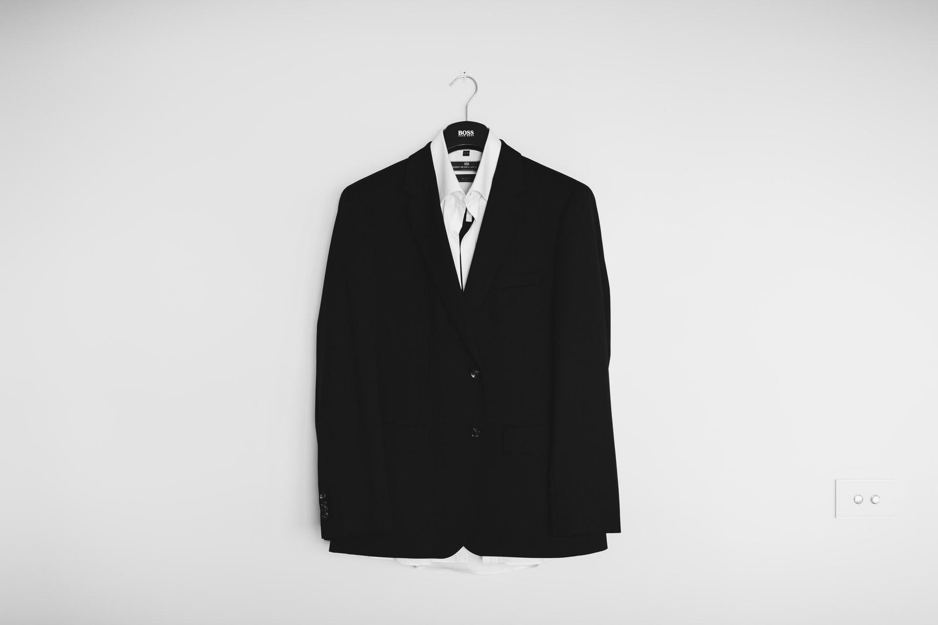 スーツの画像