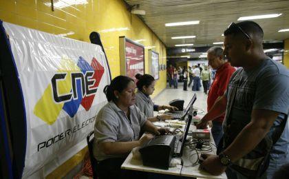 CNE sorteará a 30 electores para cada mesa de votación que se use en 2016