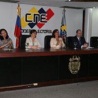 Tres de los cinco rectores del CNE cumplen 90 días con el periodo vencido