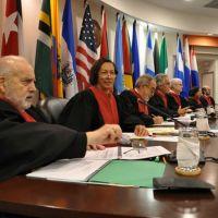 Se recogen firmas contra la salida de Venezuela de la Corte IDH