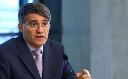 Ministros postulados como candidatos deben renunciar antes del 6 de septiembre