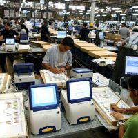 CNE tiene cinco días para programar y distribuir las 5.392 captahuellas