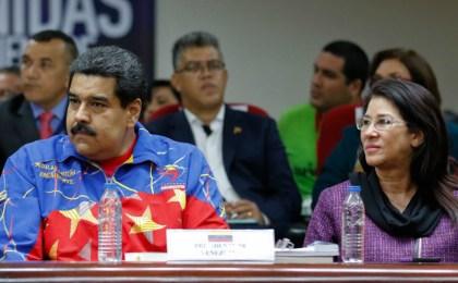 Maduro pierde 1,9 millones de votos