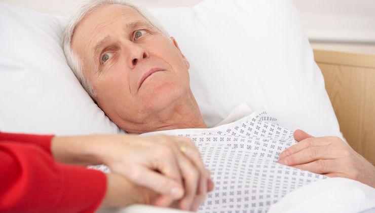 Температура после снятия швов. Почему появляется высокая температура после операции