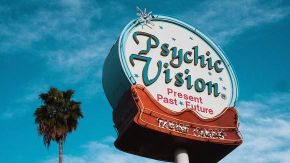 Medium or Psychic sign