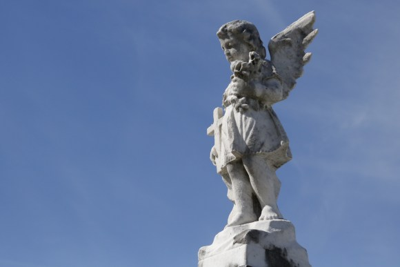 Lafayette Cemetery 2 Puzzle Box Horror images angel statue