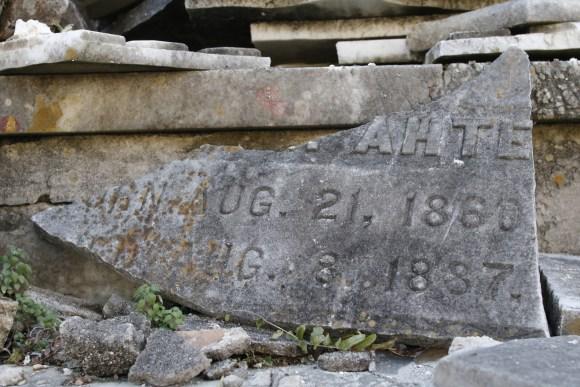 Lafayette Cemetery 2 Puzzle Box Horror images broken gravestone