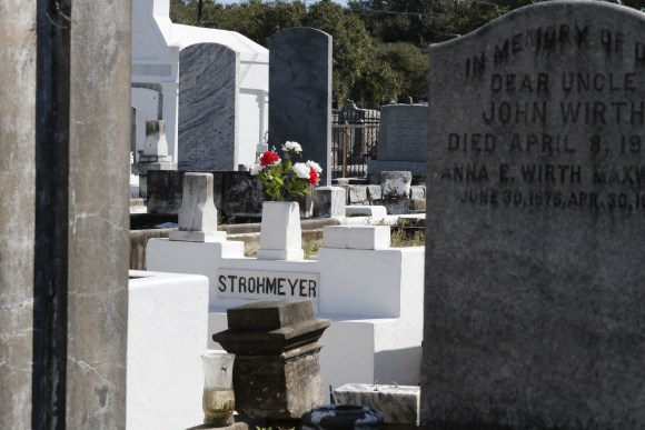 Lafayette Cemetery 2 Puzzle Box Horror images flowers on grave