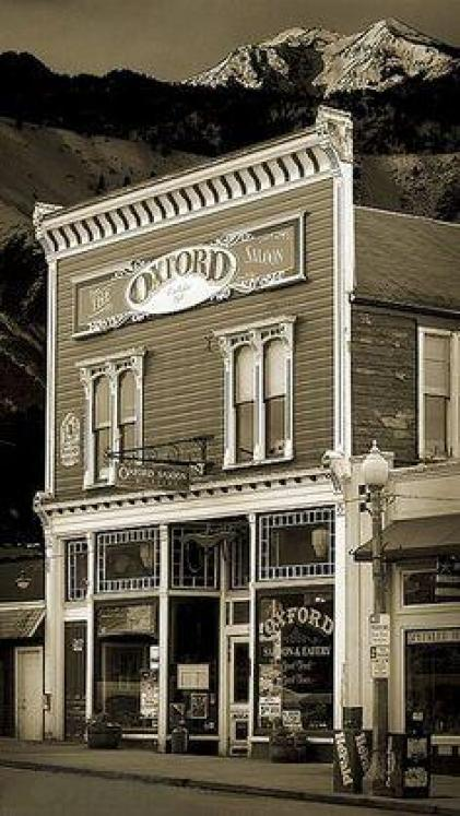 Haunted Oxford Saloon Snohomish Washington