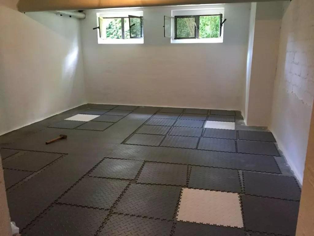 bodenbelag f r garage pvc fusboden herrlich garage. Black Bedroom Furniture Sets. Home Design Ideas