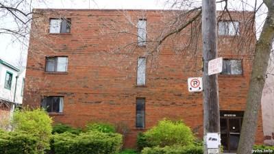 Cowan Ave (112)