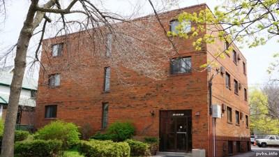 Cowan Ave (113)