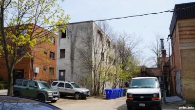 Cowan Ave (114)