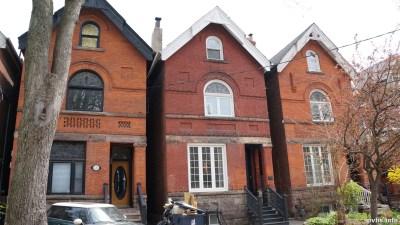 Cowan Ave (131)