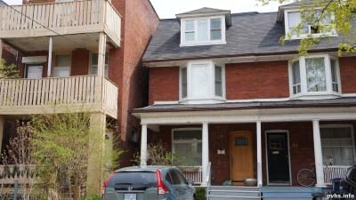 Cowan Ave (146)