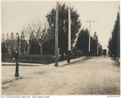 Dunn Ave 1899 at rail line Looking south-bia