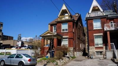 Springhurst Ave (105)
