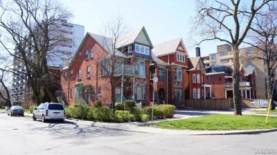 Springhurst Ave (176)