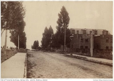 1890 c (maybe) looking south down Dunn Avetowards the Grand Trunk railway tracks from Springhurst Ave_tn