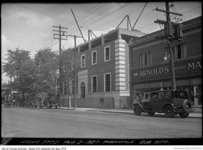 q 1457 Queen St W 1927 Hydro beside 1475 Arnolds Parkdale Market