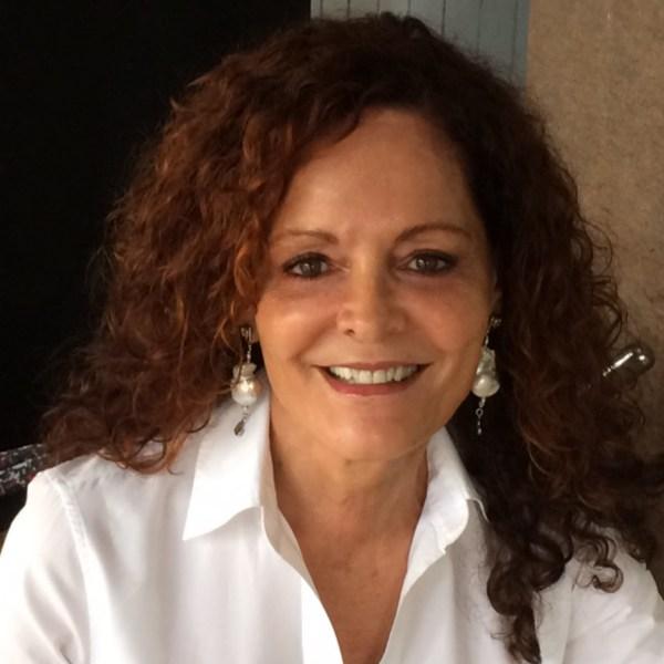 Silvia L. Elias