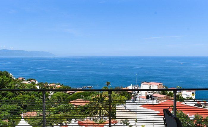 Horizon-Penthouse-8-Puerto-Vallarta-Real-Estate-
