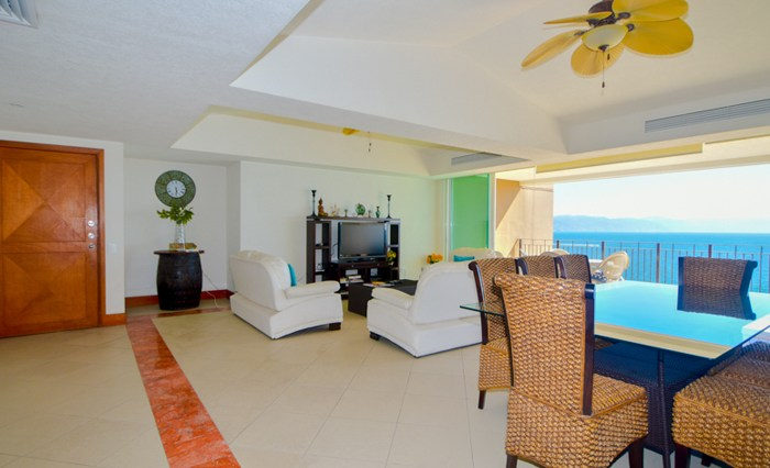 Grand-Venetian-Torre-2000-901-Puerto-Vallarta-Real-Estate-PV-Realty--14