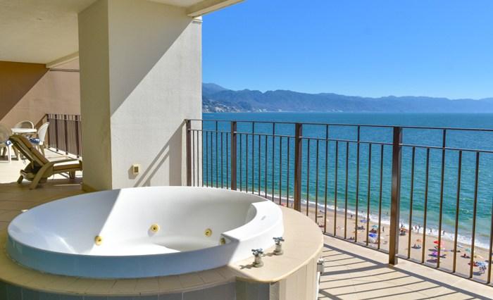 Grand-Venetian-Torre-2000-901-Puerto-Vallarta-Real-Estate-PV-Realty--8
