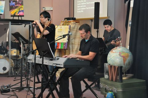 Worshiping together in many languages
