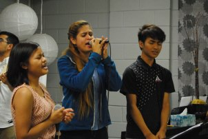 picture of a worship team singing