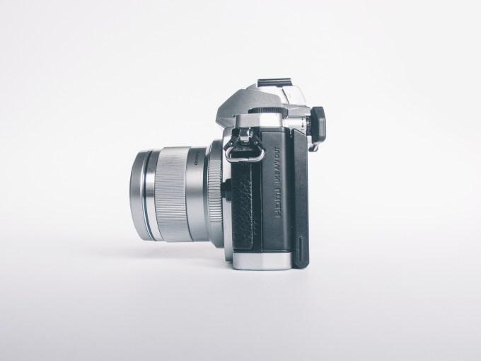 Tutaj z M.Zuiko 45mm f/1.8, który do najmniejszych nie należy.