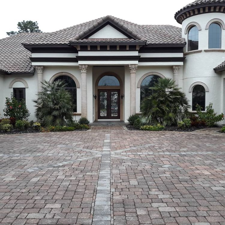 Sanford home with window tinting