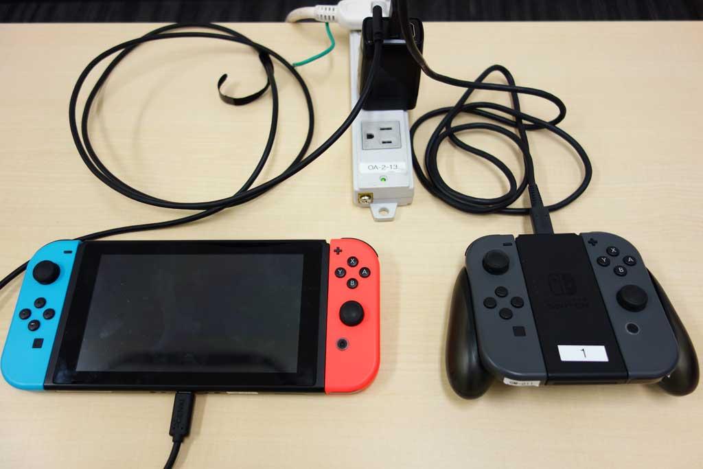 Nintendo SwitchのドックとACアダプターをギュっとまとめてコンパクト化 スマホやパソコンのUSB充電とHDMI出力に ...