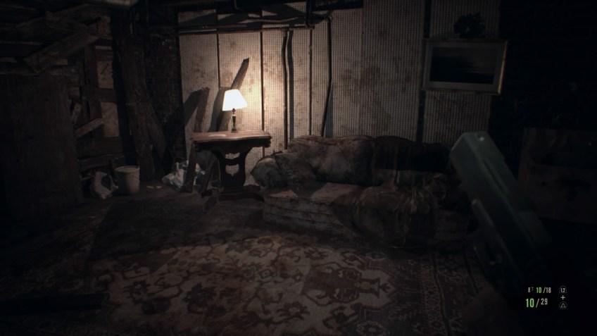 Resident evil 7 Biohazard canapé