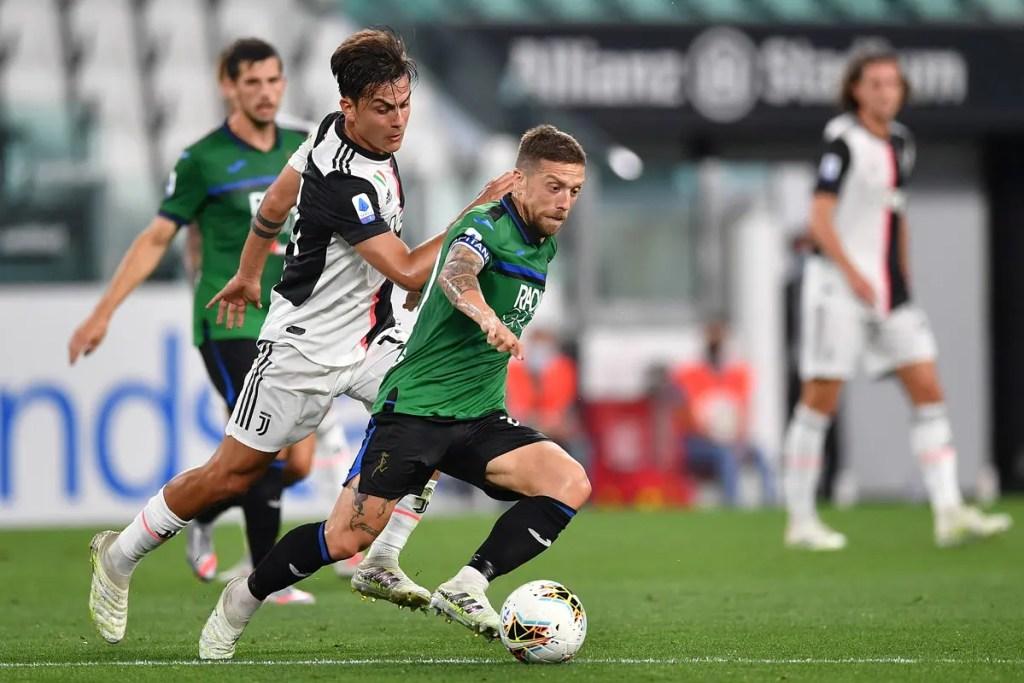 I giocatori della Juventus e dell'Atalanta