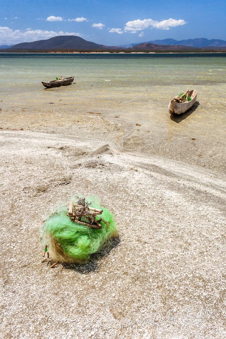 Bateuax de pêche dur le lac Anony à Fort-Dauphin, Madagascar