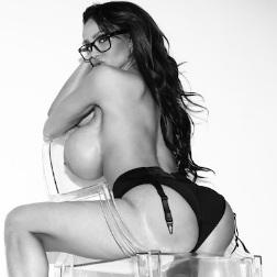 Jayna Escort 66