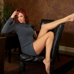 Jayden Cole feet soles chick