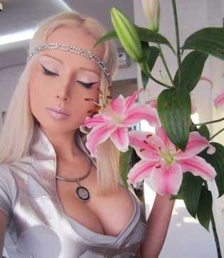 Barbie Russian Valeria Lukyanova 21 years old Valeria-Lukyanova-14