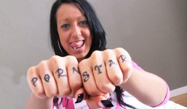 Jenny Jewel pegas porn star