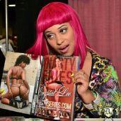 Pinky facebook 26