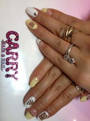 Mana Izumi fingernails