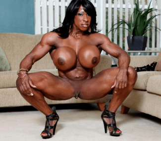 Yvette Bova female bodybuilder 01
