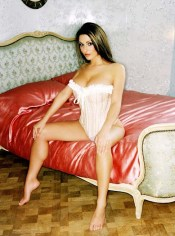 Lucy-Pinder-Feet-130538