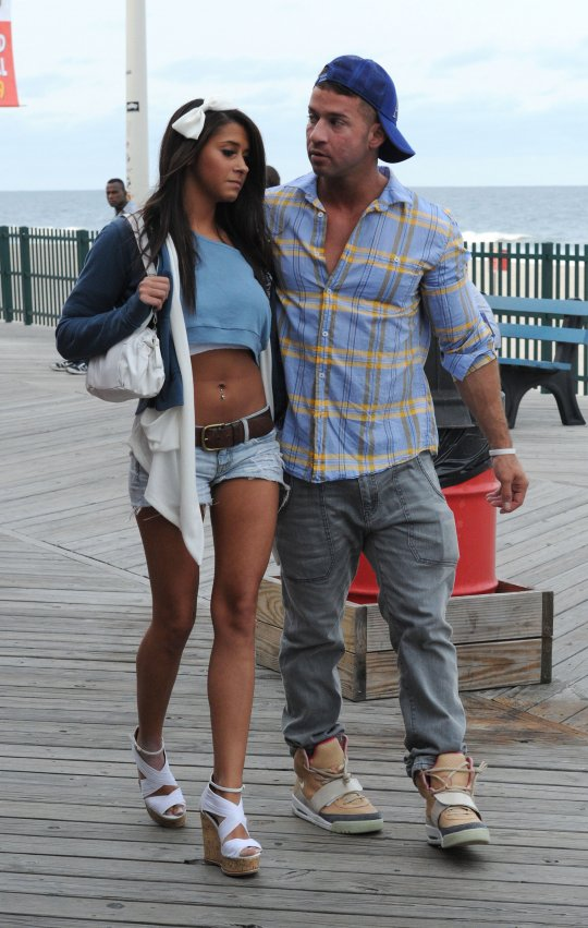 Is mike dating paula jersey shore