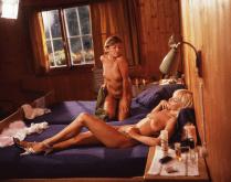Marilyn Olinka retro porn branlette